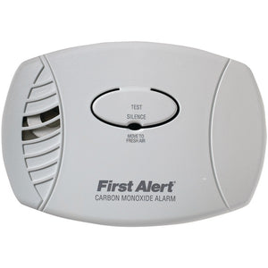 First Alert CO600 Carbon Monoxide Plug-In Alarm (No Backup or Display)
