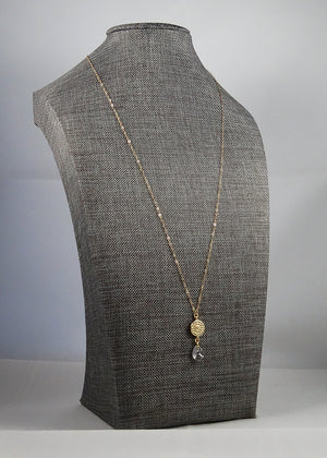 Pendant Necklace in Gold