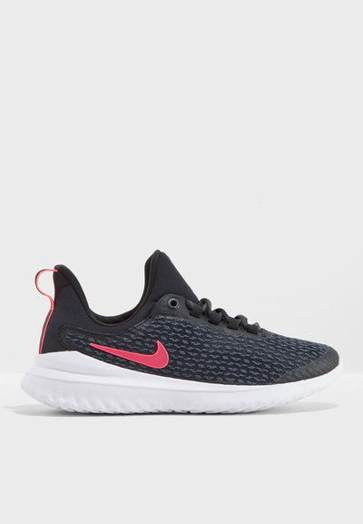 The Girl's Nike Renew Run keeps you moving with soft foam for a cushioned feel. It's also lightweight and breathable so you can stay comfortable while you run and play.