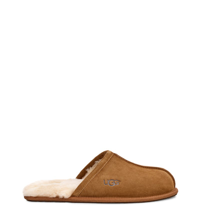 The Scuff in Chesnut is our favorite house slipper from Ugg.  It's made for weekends and nights in, with soft wool lining and an easy slip-on shape. With its thin rubber sole, the Scuff is best worn indoors. We recommend with bare feet to experience the warm, temperature-regulating, and moisture-wicking qualities of wool.