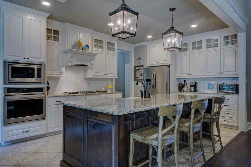 Kitchen Cabinet Ideas to Make a Kitchen Winsome