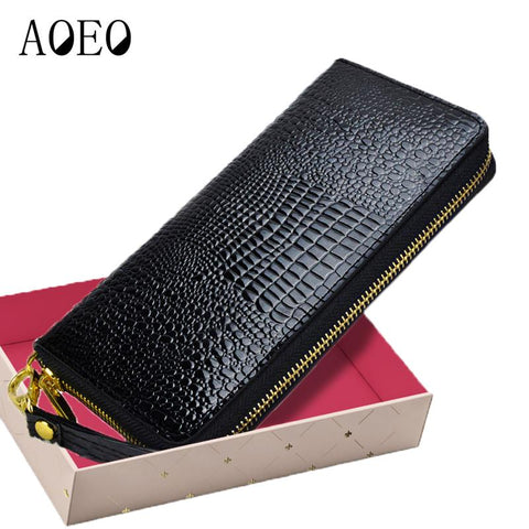 AOEO Alligator Leather Wallet - BagPrime - Look Your Best with Amazing Bags