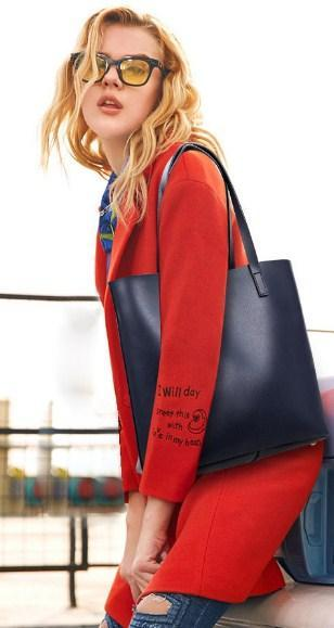 Casual Stylish Woman With Blue MODERN TOTE BAG - Side View