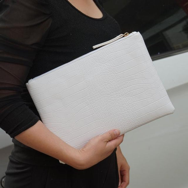 NIGEDU Crocodile Patterned Envelope Clutch - BagPrime - Look Your Best with Amazing Bags