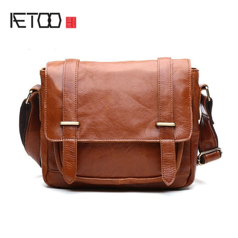 AETOO Leather Messenger Bag