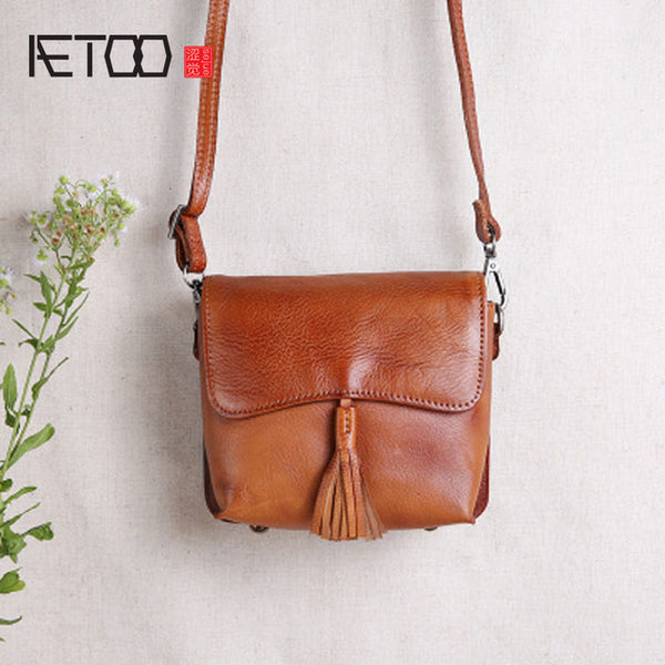 AETOO Leather Messenger Bag with Tassel