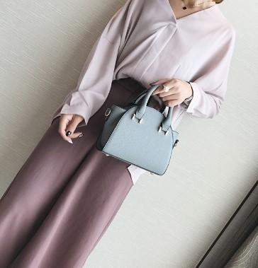 Casual Stylish Woman With Modern Trapeze Handbag-Gray Front View