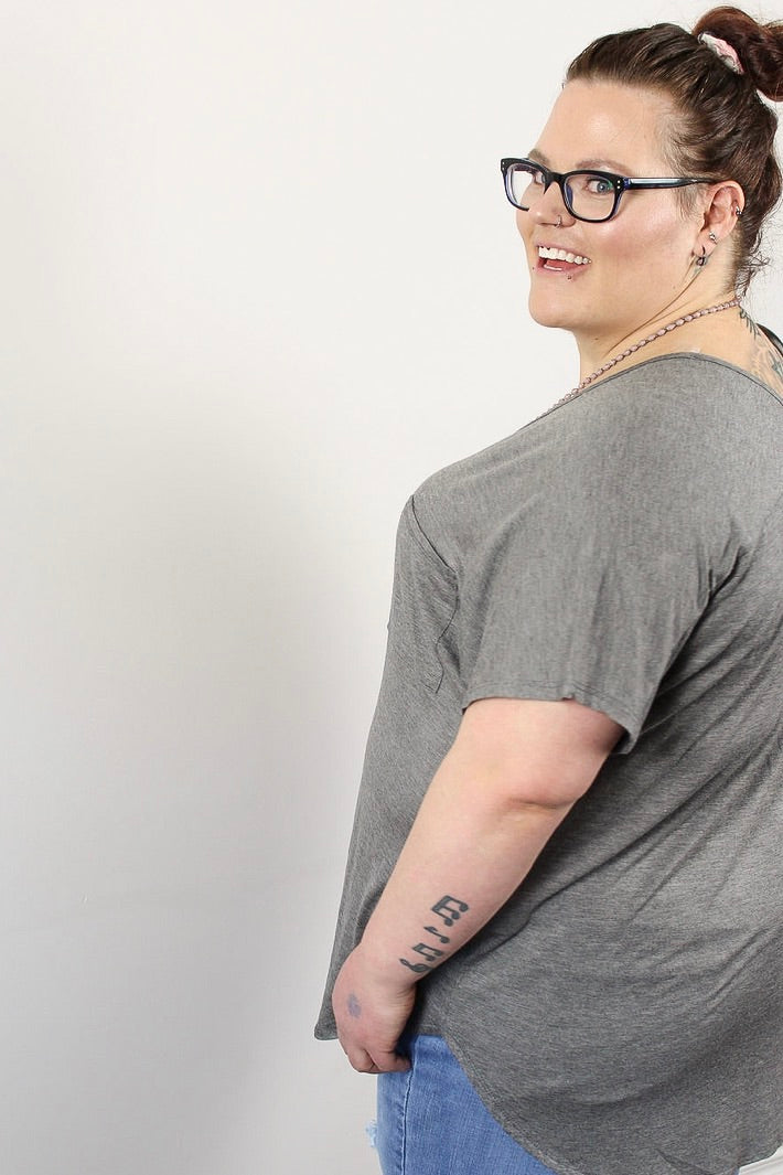 Essential Vneck Bamboo Pocket Tee