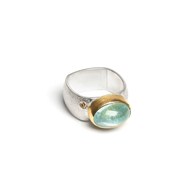 Aquamarine Ring with Champagne Diamond