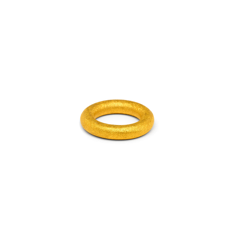 Single 5mm Round Band in Gold, Texture