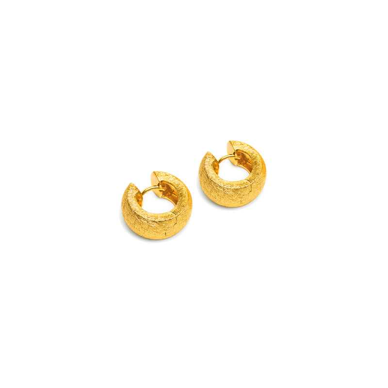 Creole Rounded Earring in Textured Gold
