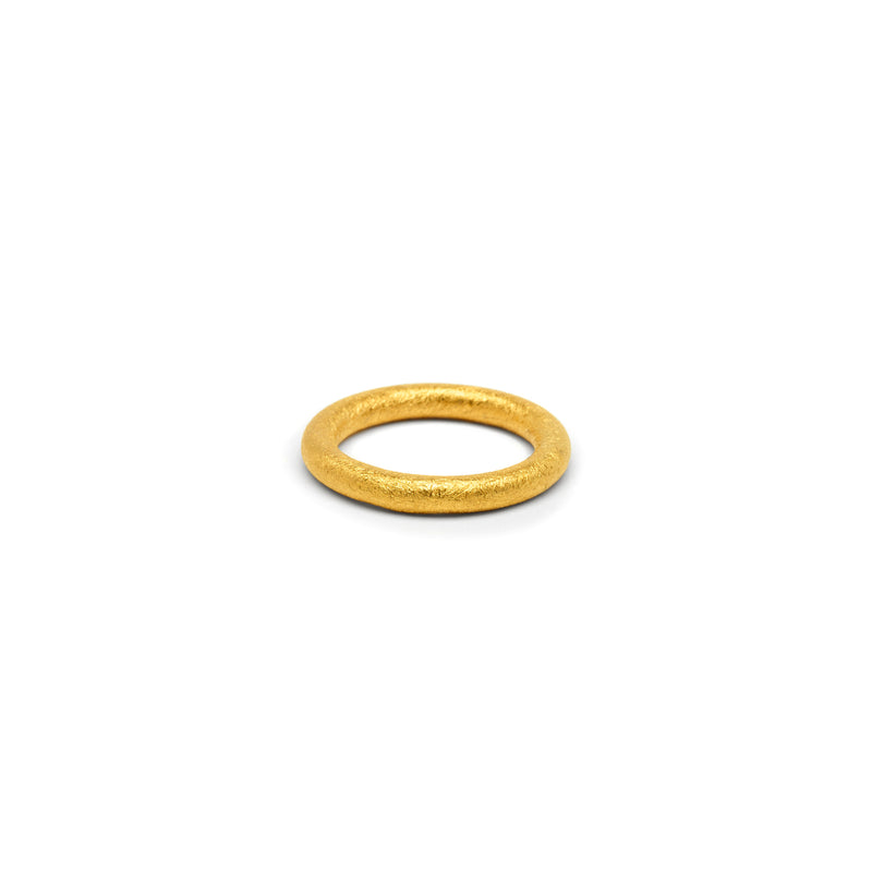 Single Round Band in Gold, Textured