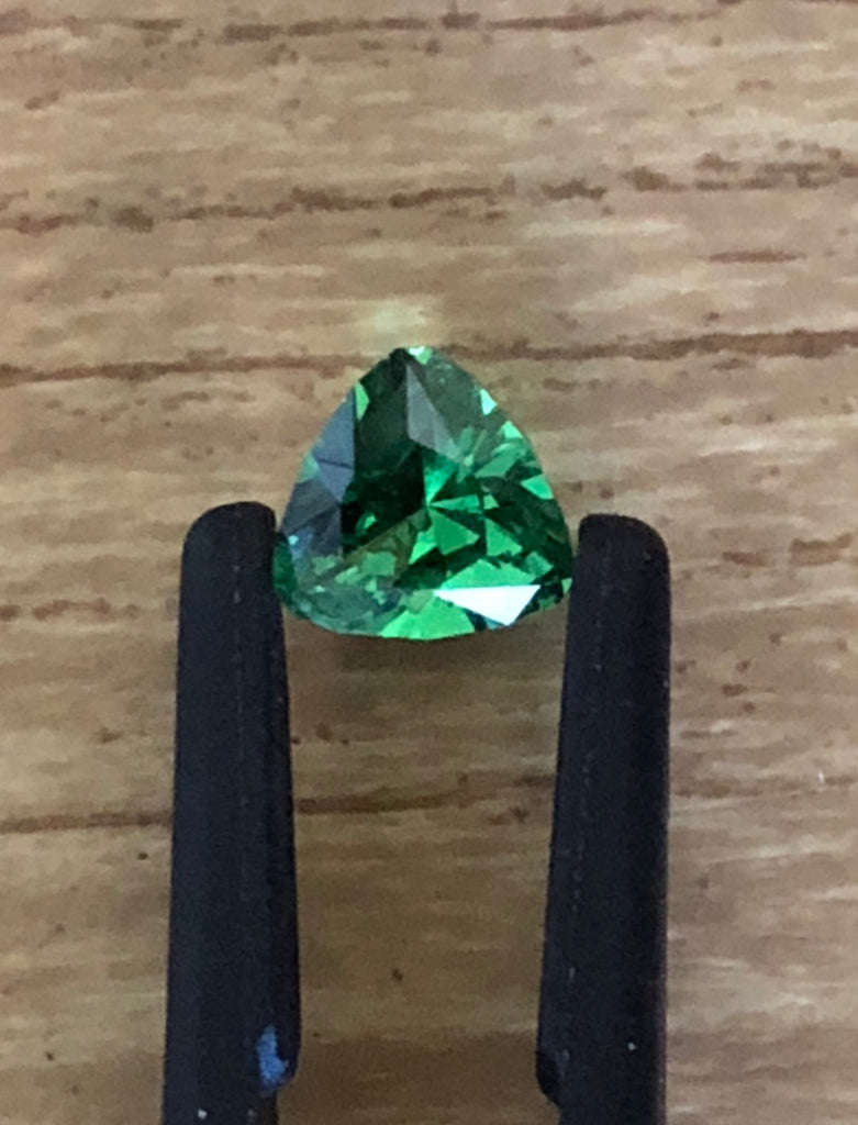 TSAVORITE GARNET BRILLIANT TRIANGLE