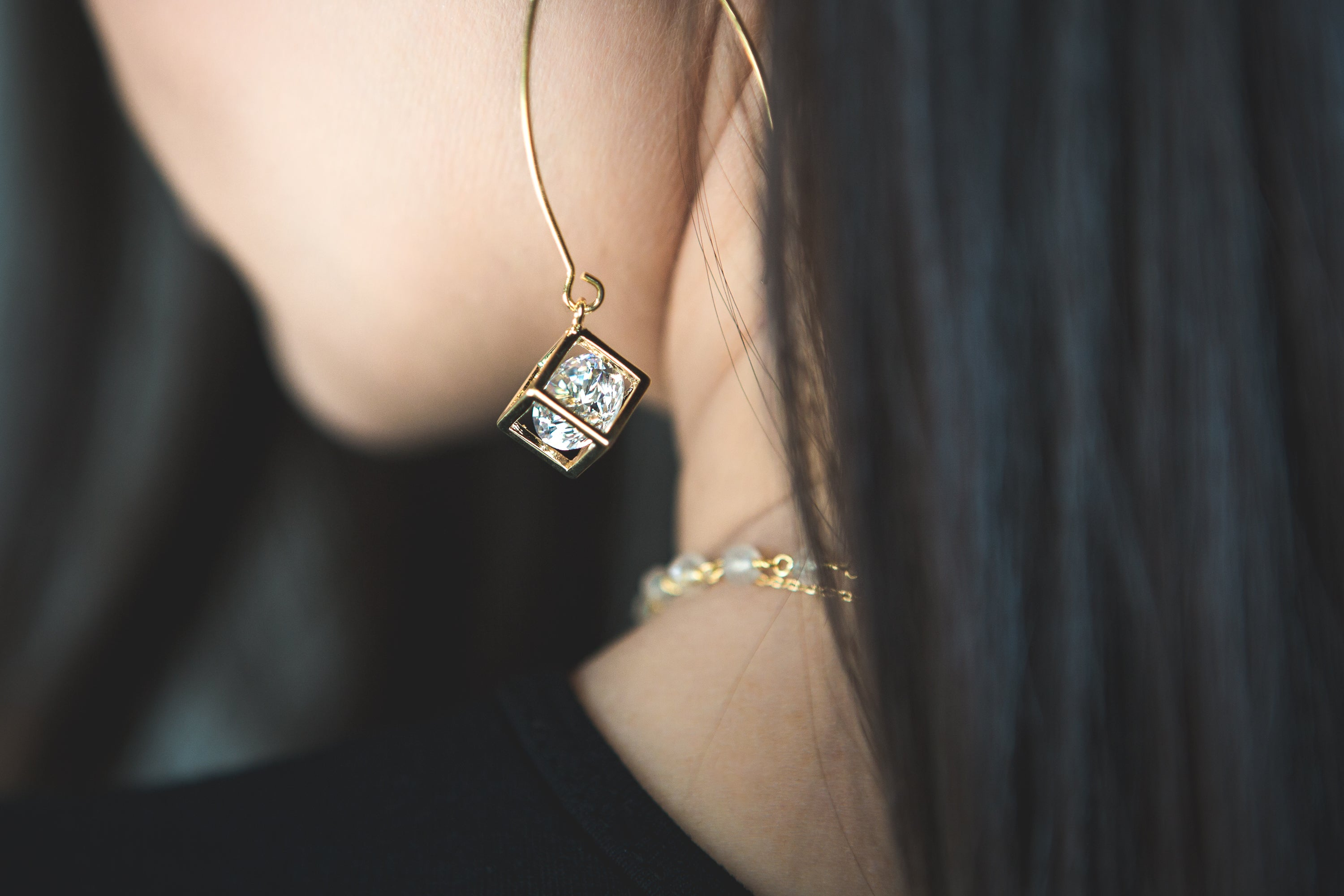 Cube Crystal Earrings & Necklace Combo - Gold