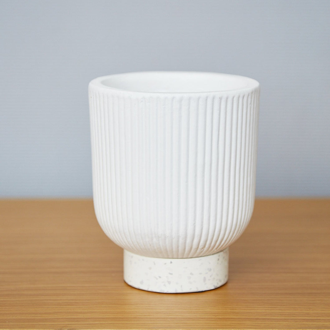 MAZE Ceramic Planter Pot White - 15cm