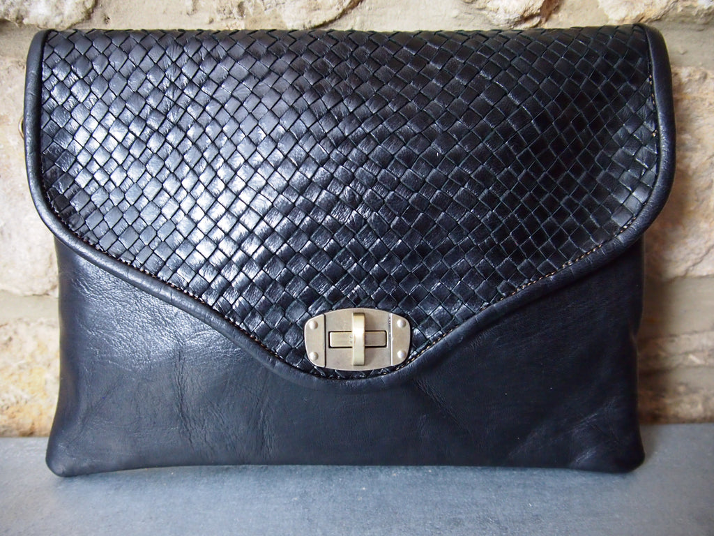 Plaited Moroccan Leather Bag-Black