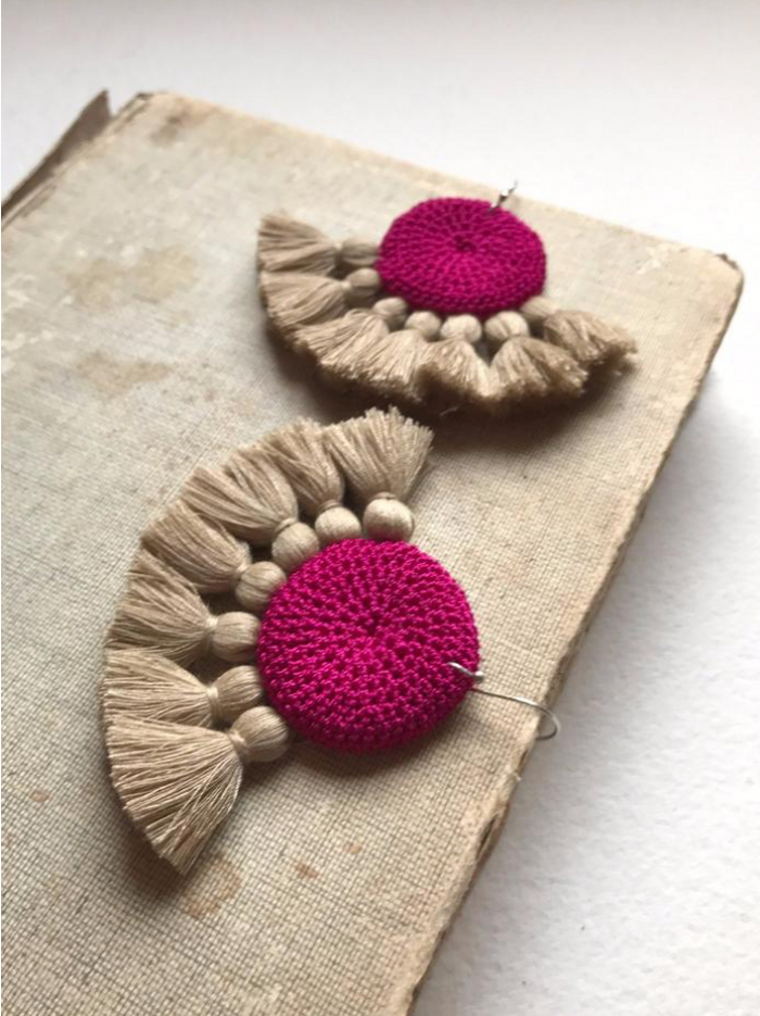 Crochet Disc Tassel Earring-Fuchsia and Straw