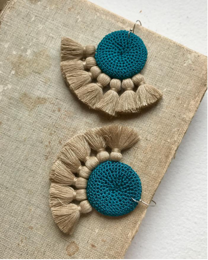 Crochet Disc Tassel Earring-Turquoise and Straw