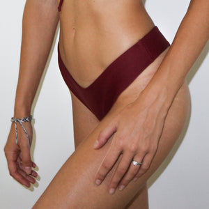 Miami Burgundy neoprene Tanga, bootykini coverage bottom, rugged, stretchable, fashionable, confortable, surf bottom, trendy, tough high quality, Dammya, wine red, blood red