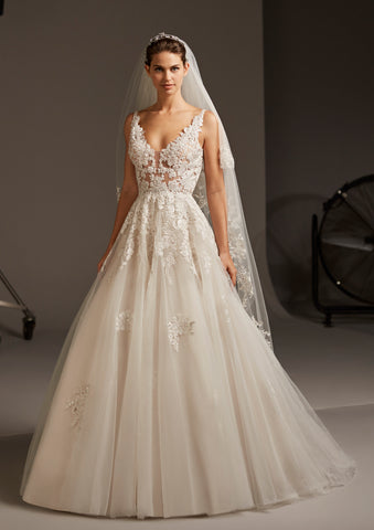 ARIEL by PRONOVIAS 2020 CRUISE COLLECTION
