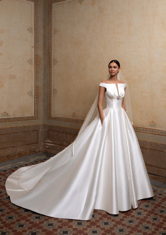 CASSIOPEIA by Pronovias 2020 Collection