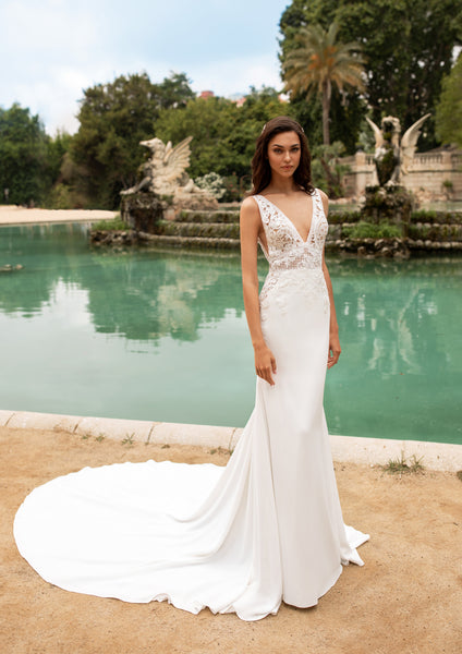 EMILY by Pronovias 2020 Collection