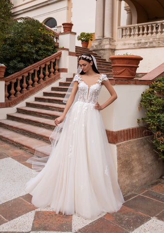 HAUMEA by Pronovias 2020 Collection