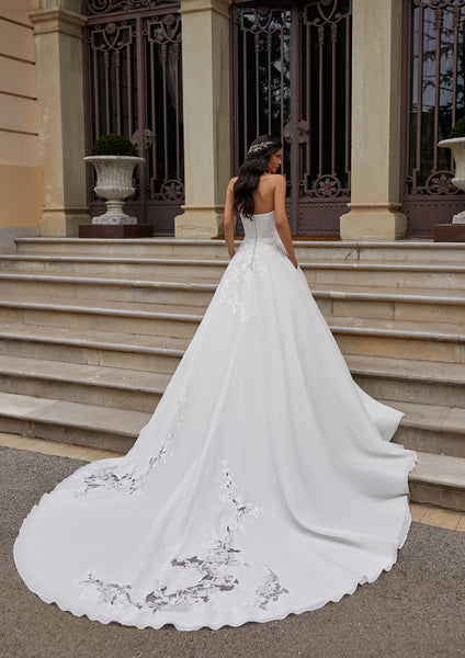 INGRAM - Pronovias