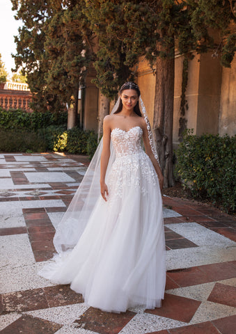LEDA by Pronovias 2020 Collection