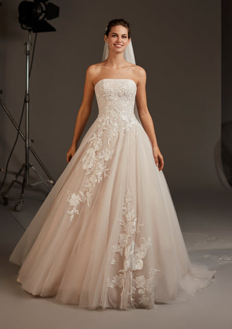 LYNX by PRONOVIAS 2020 CRUISE COLLECTION