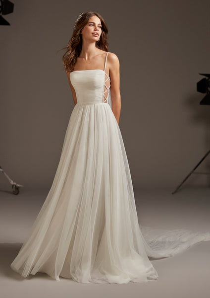 VOLANS by PRONOVIAS 2020 CRUISE COLLECTION