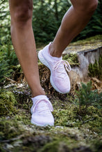 Li-Ning Women Super Light XV Running Shoes By: Victor Vanquish