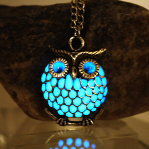 Owl necklace glow in the dark