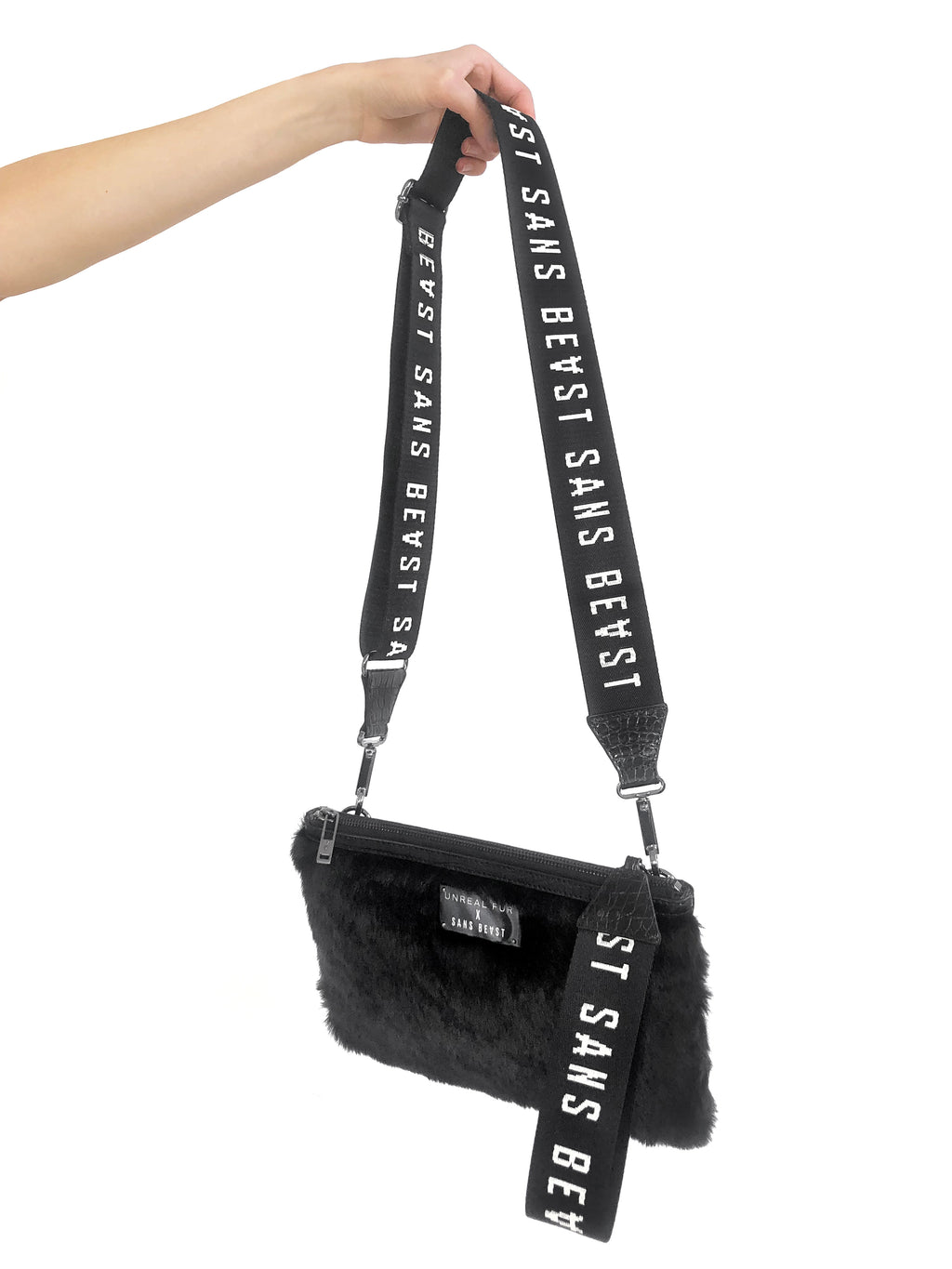 Moishe Hip Bag in Noir