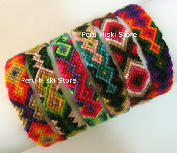 1000 Friendship Bracelets from Cusco, Cuzco, Wool