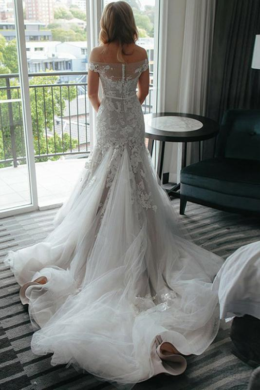 Mermaid Off-the-Shoulder Tulle Bridal Dresses with Lace Appliques
