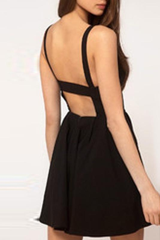 Simple Spaghetti Straps Backless Black Short Homecoming Dress