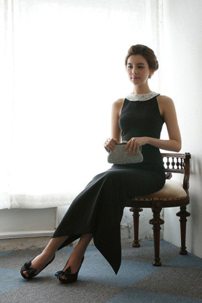 Black Lively Ankle-length Natural Beaded Sleeveless Prom Dresses