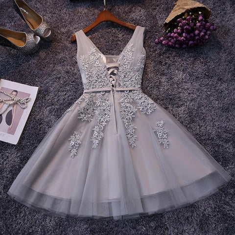 Classic Natural A-line V-neck Tulle Homecoming Dresses