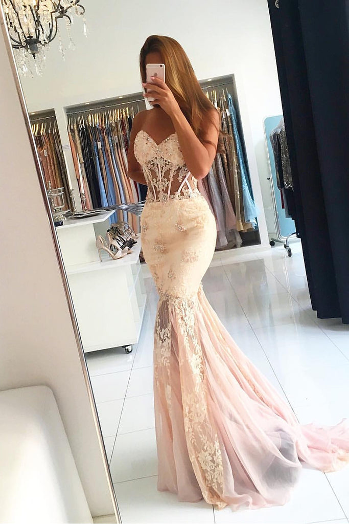 Champagne Awesome Strapless Sleeveless Appliques Lace Trumpet/Mermaid Long Tulle Prom Dresses