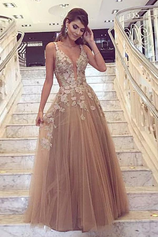A-Line Deep V-Neck Tulle Prom Dress with Appliques