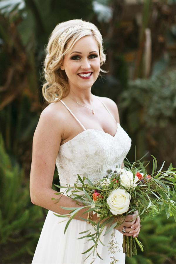 Sleeveless Long Bridal Dresses