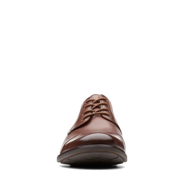 Clarks Becken Cap Lace Up Shoe