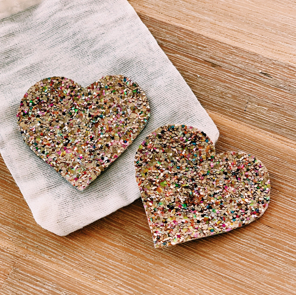 Confetti glitter heart shoe accessory - Gold