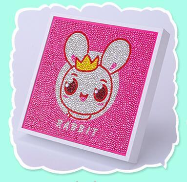 Broderie diamant lapin