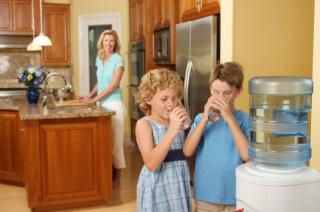 KITCHEN WATER COOLER WITH KIDS
