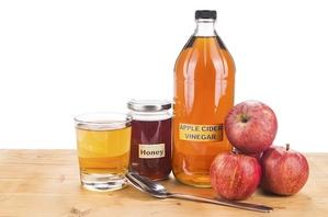 Health Benefits of Natural Honey and Apple Cider Vinegar