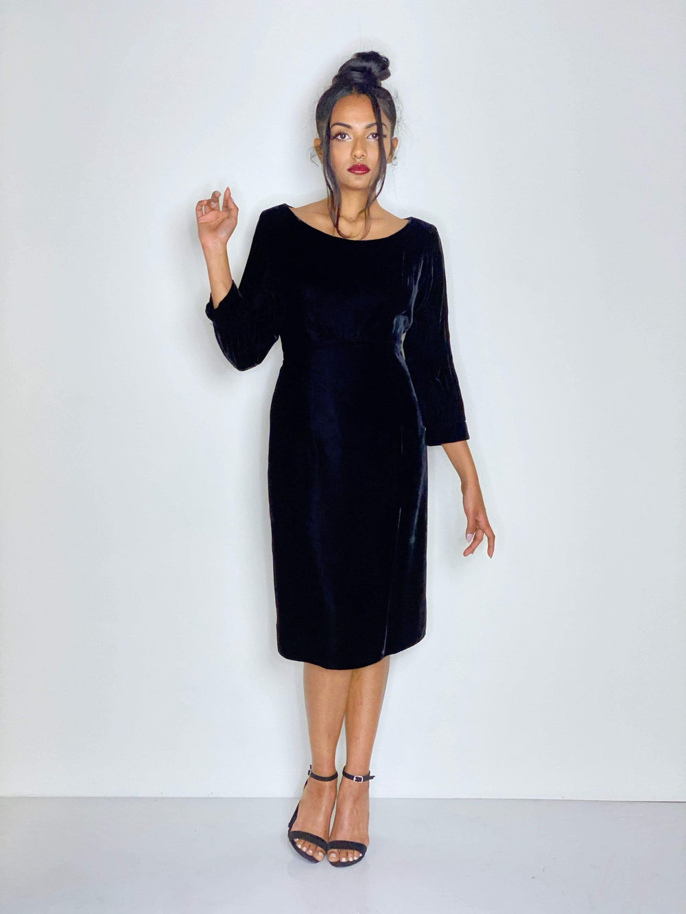 HOUSE OF STRUT DRESSES Black Velvet Pin-Up Style Fitted Dress by Lee Richards