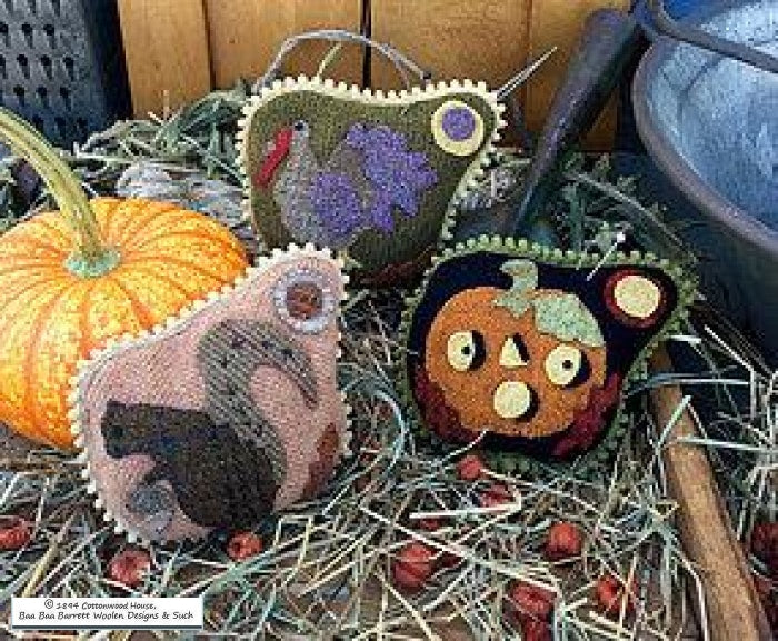 Autumn Gathering Wool Pin Keeps Applique Patterns
