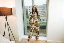 Load image into Gallery viewer, Efe Two-piece  Silk Pyjamas